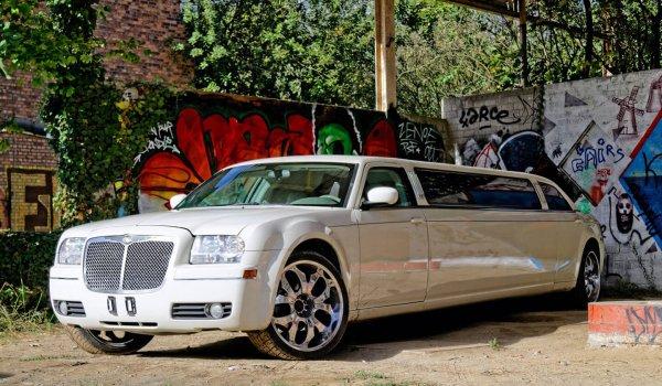 limousine-tankstation-doel